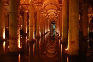 Cisterna_Basilica_Junto_a_Santa_Sofia_Estambul