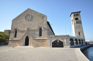 evangelismos_church_9451731141