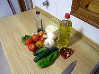 200px-gazpacho_ingredients